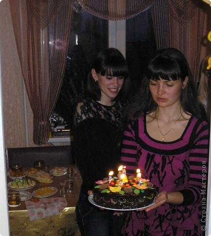 Торт пекла и украшала сама. Деткам очень понравился!!! фото 2