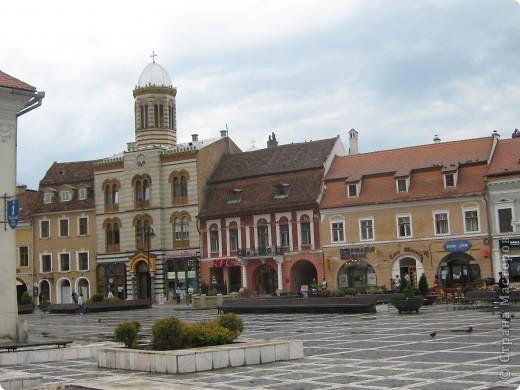 Центъра на град Кодлеа в подножието на Карпатите фото 17