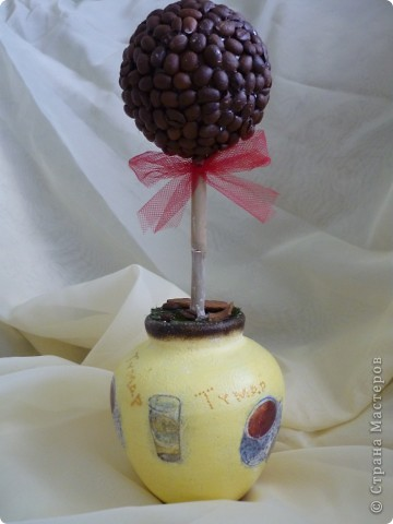 кофе на заготовку,ваза, салфетка акриловые краски,битум,лак для саун, трава-тафта фото 1