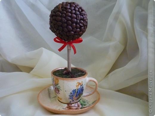 кофе на заготовку,ваза, салфетка акриловые краски,битум,лак для саун, трава-тафта фото 2