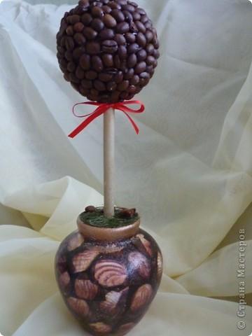 кофе на заготовку,ваза, салфетка акриловые краски,битум,лак для саун, трава-тафта фото 3