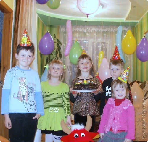 Торт пекла и украшала сама. Деткам очень понравился!!! фото 3