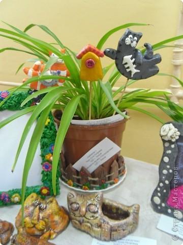однажды в голову стукнуло сделать украшение для цветочных горшков.  правда дома у меня нет ни одного цветка, но все что с ними связано я люблю фото 3