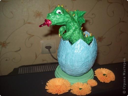Дракончик в яйце фото 1