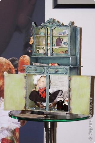 Всем доброго времени суток! Хочу с Вами поделиться своими впечатлениями от поездки на выставку кукол в Киеве))). Все фото загрузить просто не в состоянии, выставка размещалась на двух этажах, был отдельный зал для мишек-Тэдди. Все ооочень понравилось.  Думаю, и Вам интересно будет посмотреть... фото 4