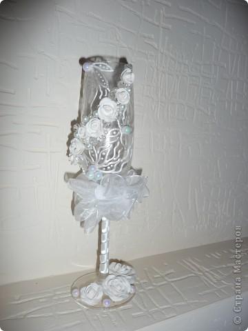 """Свадебные фужеры """"З белых розы"""" фото 2"""