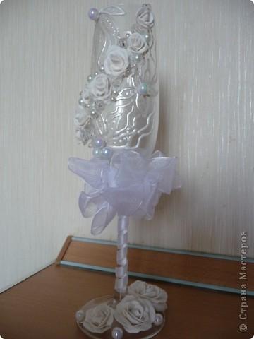 """Свадебные фужеры """"З белых розы"""" фото 1"""
