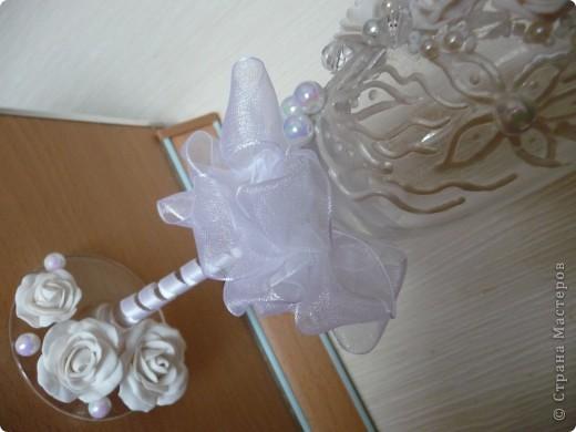 """Свадебные фужеры """"З белых розы"""" фото 4"""