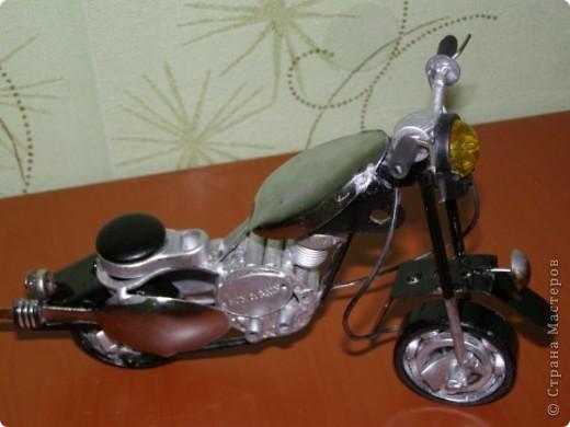 Мотоцикл из метала  фото 2