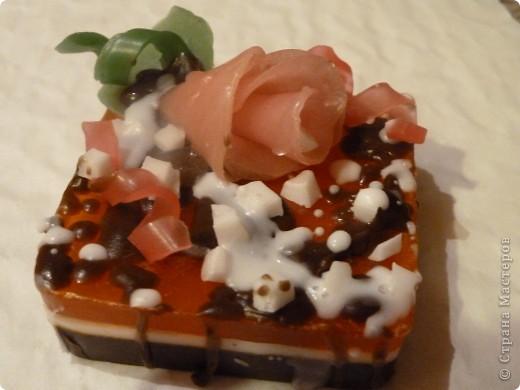 Мармелад, делается просто из прозрачной окрашенной основы (красила пищевыми красителями), обваляла в сахарном песке фото 5