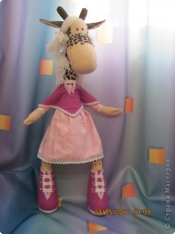 Блондинка в розовом фото 2