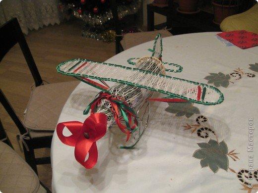 Это мои Новогодние подарки. Конечно работа не по сезону, но сани надо готовить летом. Вдруг кому пригодится. Насмотрелась на игрушки наших мастериц и решила к Новому году снеговика сшить. Это моя первая сшитая игрушка. Хотела еще и елочку сшить, но не успела. Подарила без нее. фото 4