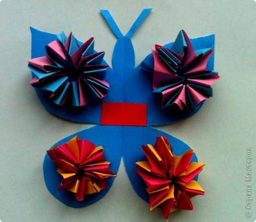 Сегодня сделали таких бабочек.Украшал каждый по своему желанию. фото 3