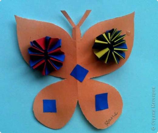 Сегодня сделали таких бабочек.Украшал каждый по своему желанию. фото 4
