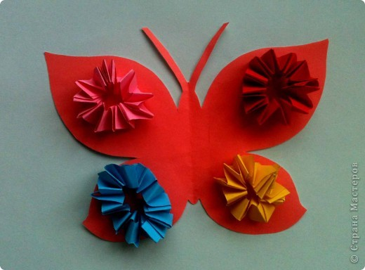 Сегодня сделали таких бабочек.Украшал каждый по своему желанию. фото 6
