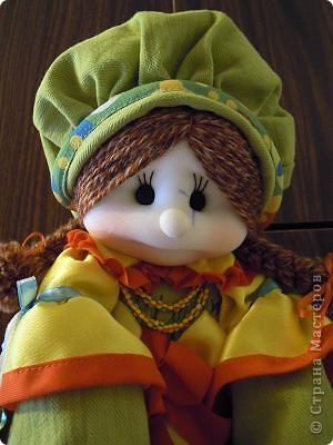 Кукла является чехлом, куда ребенок убирает свою пижаму. Лицо выполнено по МК Ликма. фото 2