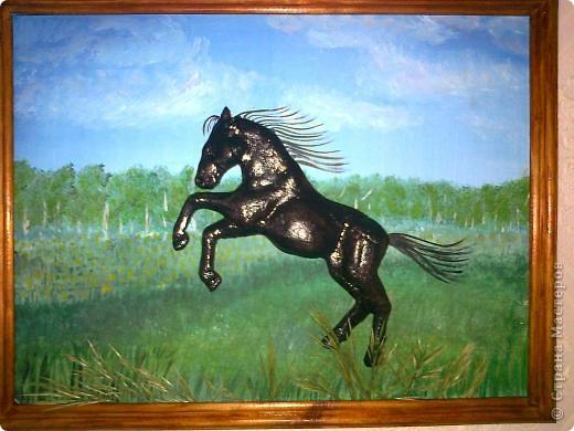 Вот и у меня скачет конь по полю. Спасибо Решенсковой Екатерине за мастер-класс и замечательную идею. Фон распечатать не удалось пришлось самой рисовать. Ну и волосы для гривы и коня не подошли, тоже нарисовала...
