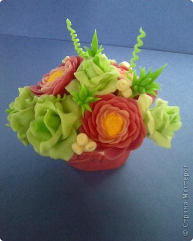 ранункулюсы и розы фото 3