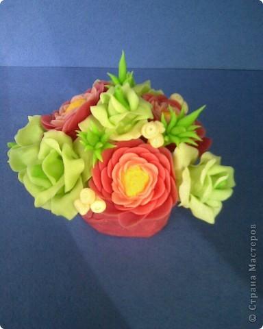 ранункулюсы и розы фото 1