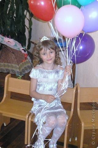 Платье на выпуск связала наша любимая бабулечка. фото 1