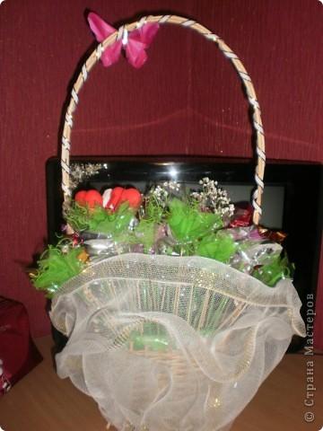 Букетики из конфет фото 6