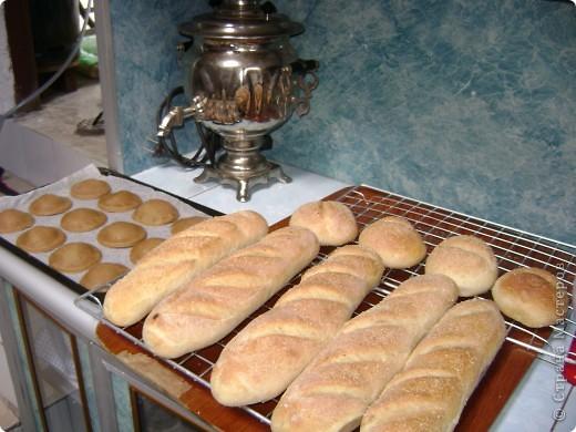 """Вот такой хлебушек я пеку для своей семьи постоянно. Мы живем там, где ржаного хлеба не бывает. А так хочется иногда настоящей """"чернушечки"""".  фото 3"""