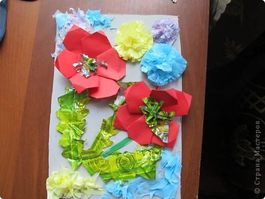 Мои первая проба оригами - маки-лепестки.