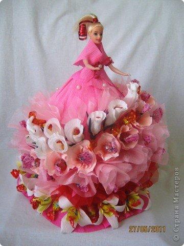 Уже очень давно хотела сделать платье кукле из конфет. И вот, что у меня получилось в первый раз. фото 1