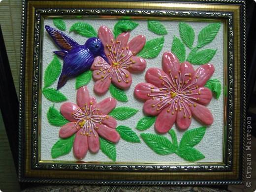 Цветы и птичка. фото 1