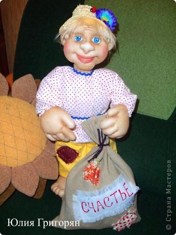 100_2406_768x1024_1 Поделки из капроновых колготок своими руками, мастер-класс: кукла, цветы, вазы и абажуры