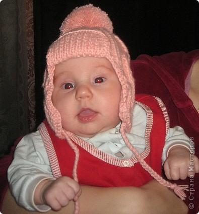 Моя первая шапочка крючком. Можно сказать моя гордость. А в шапочке мое счастье!!! фото 3