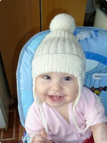 Моя первая шапочка крючком. Можно сказать моя гордость. А в шапочке мое счастье!!! фото 6