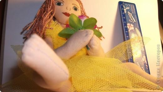 Хотела сделать фею, а получилась какая то культуристка :)) Даже крылья не стала делать. фото 2