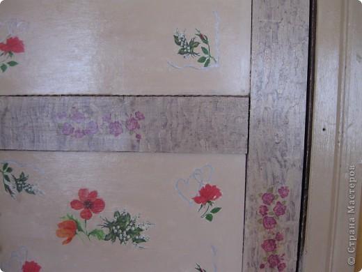 дверь  из верандыв дом, жаль не  сфоткала какая она была страшненькая давно глаз горел и вот дождалась фото 2