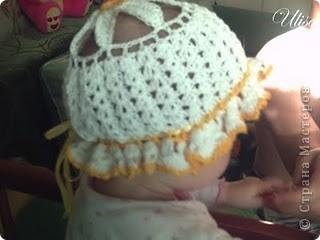 """Детская летняя панамка """"Ромашка"""", связала крючком для дочки на 8мес. ( 2г.назад вязала) .Нитки 100% хлопок,белые+жёлтые,понадобилось не более 50гр,и тонкая шёлковая леночка дл.70-80см.для оборочки и чтобы панамка не спадывала с головки. фото 1"""