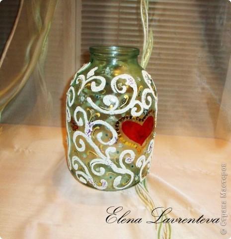 У нас на Украине есть обычай : денежные подарки на свадьбу собирать в трехлитровый бутыль.А потом невеста его закручивает. Вот такой бутыль я сделала для свадьбы! фото 1