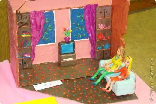 Хочу показать Вам работы из пластилина детей к Пасхе. Многие из них были на выставке детского  прикладного творчества в Моске и завоевали почетные места. Эта работа  заняла первое место!  фото 15