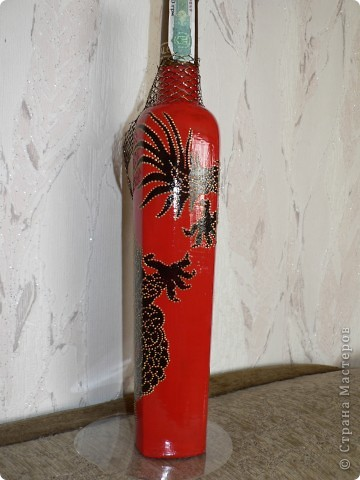 Золотисто-черный дракон на красном фоне - беспроигрышный вариант сочетания цветов, поэтому эксплуатирую беспощадно... фото 2