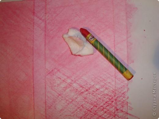 давно я засматривалась на пуговки (ссылочка внизу)...но конечно специальных штампов у меня нет, всё нарисовала восковыми мелками. фото 2