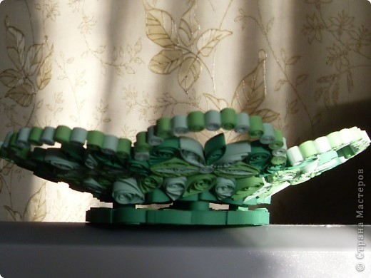 Люблю зеленый цвет. Вот и решила сделать кнфетницу в зеленых тонах. фото 1