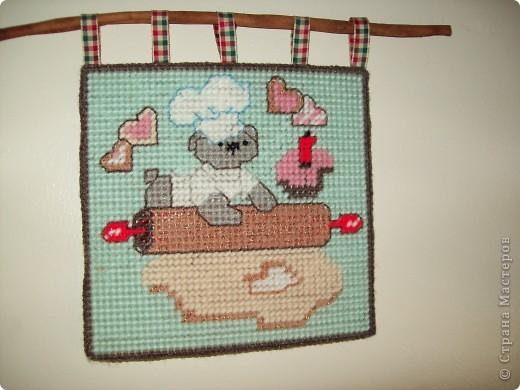 Панно для кухни. Вышито шерстяными нитками по капроновой канве. фото 2