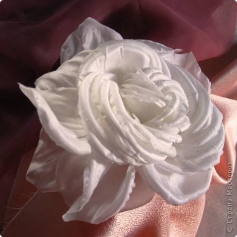 Роза из натурального шелка фото 2