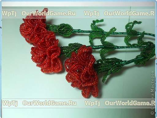 """розы из бисера  - <a href=""""http://ourworldgame.ru/rozy-iz-bisera-master-klass/"""">Розы из бисера мастер класс.</a> фото 5"""