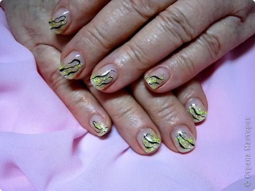 Здравствуйте,милые мастерицы!По просьбам выставляю несколько дизайнов на коротких ногтях.Многие варианты можно выполнять как на длинных,так и на коротеньких ноготочках. фото 2