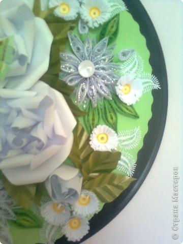 В бяло и зелено фото 4