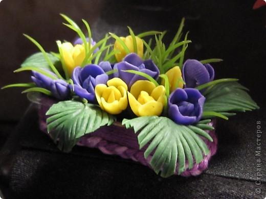 """Вот и я сварила свой многострадальный фарфор. Налепила разных цветочков, и получилась такая композиция. Счастлива до безумия! Цвета, конечно, """"вырви глаз"""",  но я же только учусь. фото 13"""