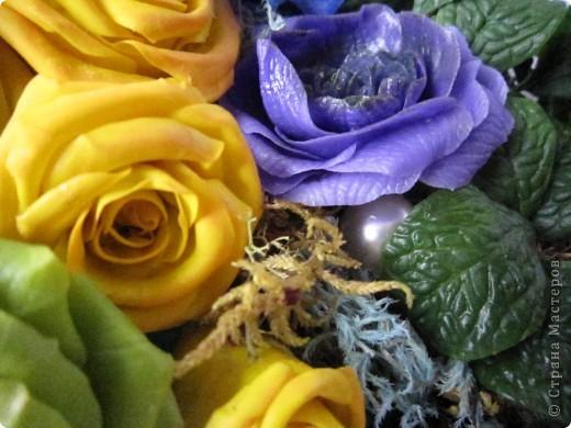 """Вот и я сварила свой многострадальный фарфор. Налепила разных цветочков, и получилась такая композиция. Счастлива до безумия! Цвета, конечно, """"вырви глаз"""",  но я же только учусь. фото 7"""