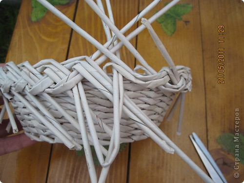 Мастер-класс Плетение Тарелочка с косичкой и МК косички от начала и до конца Бумага газетная фото 19