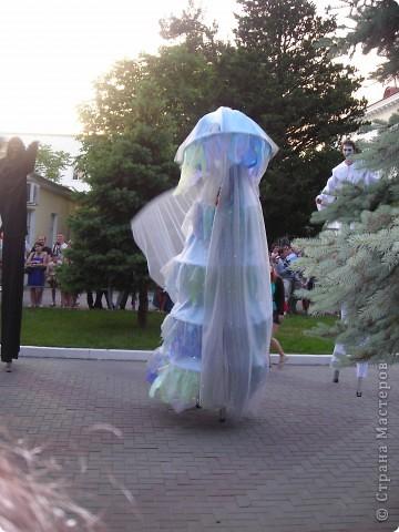 4 июня в Геленджике прошло открытие сезона 2011 года. А это как всегда КАРНАВАЛ! Я много раз была на Геленджикском карнавале, но в этом году мне понравилось больше всего! фото 10