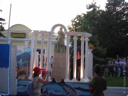 4 июня в Геленджике прошло открытие сезона 2011 года. А это как всегда КАРНАВАЛ! Я много раз была на Геленджикском карнавале, но в этом году мне понравилось больше всего! фото 13